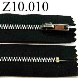 fermeture zip à glissière  longueur 10 cm couleur noir non séparable largeur 2.5 cm  glissière métal  largeur du zip 4.5 mm