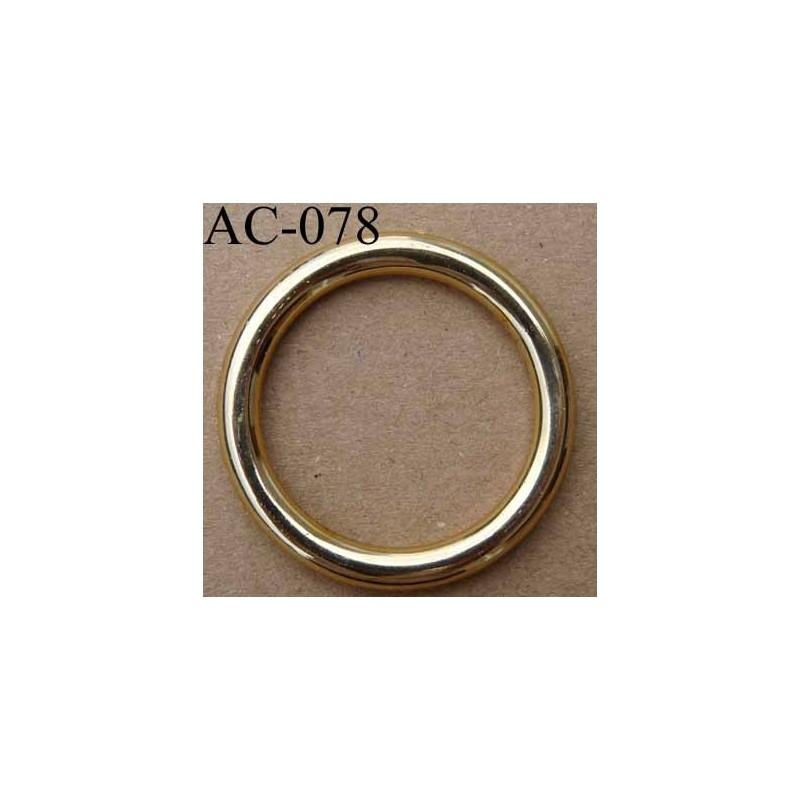 Anneau boucle etrier plastique couleur dor diam tre for Diametre exterieur