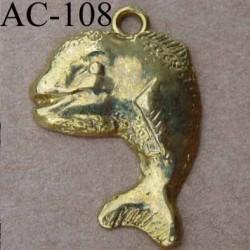 breloque pendentif poisson métal doré vendu à l'unité
