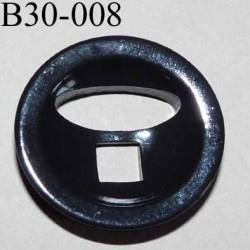bouton fantaisie 30 mm  couleur noir brillant  2 gros trous (diamètre 7 mm et 20 mm) épaisseur 6 mm