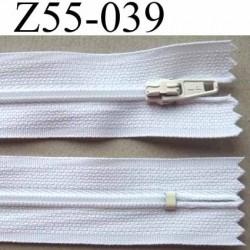 fermeture zip à glissière longueur 55 cm largeur 2.5 cm  couleur blanc non séparable zip nylon largeur 4 mm