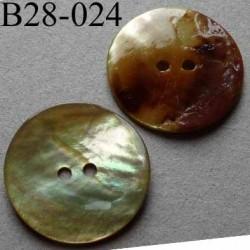 bouton diamètre 28 mm en nacre couleur jaune pâle 2 trous diamètre 28 mm