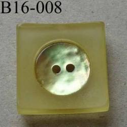 bouton carré diamètre 16 mm en nacre et résine couleur jaune 2 trous diamètre 16 mm