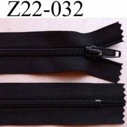 fermeture zip à glissière non séparable longueur 22 cm largeur 3 cm couleur noir  glissière  spiralé largeur 5 mm