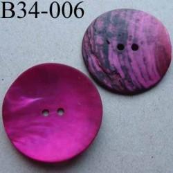 bouton diamètre 34 mm en nacre couleur rose fushia mat 2 trous diamètre 34 mm
