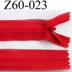 fermeture zip invisible longueur 60 cm couleur rouge non séparable largeur 2.2 cm glissière nylon largeur 4.2 mm