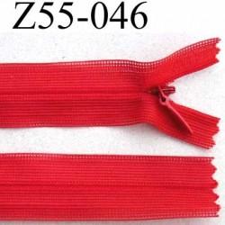 fermeture zip à glissière invisible longueur 55 cm couleur rouge non séparable largeur 2.5 cm glissière nylon largeur 4.2 mm