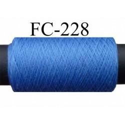 bobine de fil n° 120 polyester couleur bleu longueur de la bobine 500 mètres bobiné en France