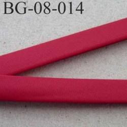 galon biais ruban passe poil plié couleur bordeau rouge synthétique largeur 8 mm plié 2 coté de 8 mm plus 2 replié de 7 mm