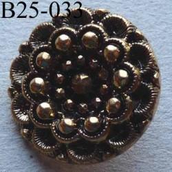bouton fantaisie PVC  diamètre 25 mm couleur doré patiné style ancien accroche un anneau diamètre 25 mm