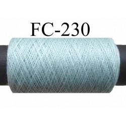 bobine  de fil n° 120 polyester couleur bleu vert clair longueur de la bobine 500 mètres bobiné en France
