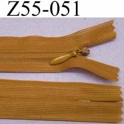 fermeture zip à glissière invisible longueur 55 cm couleur marron non séparable largeur 2.5 cm glissière nylon largeur  4.2 mm