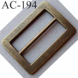 Boucle etrier rectangle métal couleur laiton vieilli largeur extérieur 5 cm largeur intérieur 4 cm hauteur 4 cm