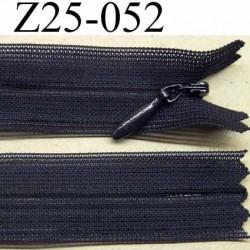 fermeture zip invisible YKK longueur 25 cm couleur bleu marine non séparable largeur 2.2 cm glissière nylon largeur 4.2 mm