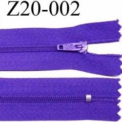 fermeture zip à glissière  longueur 20 cm couleur violet non séparable zip nylon largeur 2.5 cm