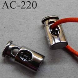 arrêt cordon stop cordon oval  en métal  à ressort couleur nickel de taille 20 mm x 9 mm  vendu à l'unité