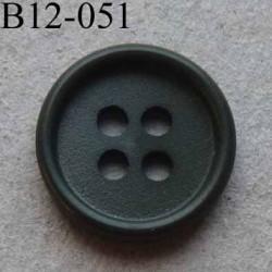bouton 12 mm couleur gris vert foncé 4 trous diamètre 12 mm