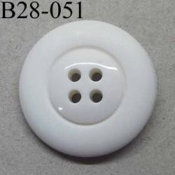 bouton 28 mm  couleur blanc 4 trous diamètre 28 millimètres