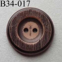 bouton fantaisie 34 mm  pvc couleur marron imitation bois 2 trous diamètre 34 millimètres