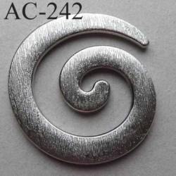 anneau boucle etrier ornement plastique couleur argent diamètre extérieur 68 mm vendu à l'unité