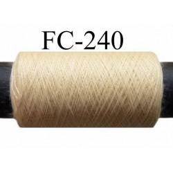 bobine de fil polyester n° 120 couleur crème ou beige clair longueur 500 mètres  bobiné en France