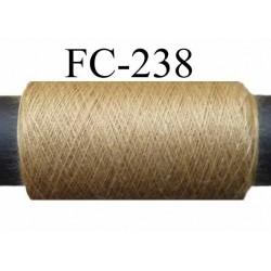 bobine de fil polyester n° 120 couleur marron clair longueur 200 mètres  bobiné en France