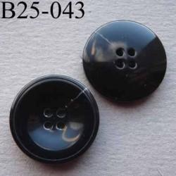 bouton 25 mm haut de gamme couleur noir avec une strie plus claire 4 trous diamètre 25 millimètres