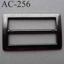 Boucle etrier rectangle métal couleur chromé largeur extérieur 5 cm largeur intérieur 4 cm hauteur 3 cm