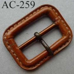 Boucle rectangle simili cuir couleur marron à ardillon tige avec cran 15 mm largeur extérieur 38 mm
