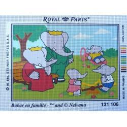 canevas 30X40 marque ROYAL PARIS thème babar en famille dimension 30 centimètres par 40 centimètres 100 % coton
