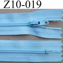 fermeture zip longueur 10 cm couleur bleu ciel non séparable largeur 2.5 cm glissière nylon largeur du zip 4 mm