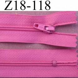 fermeture zip à glissière longueur 18 cm couleur rose violine non séparable largeur 2.5 cm glissière nylon largeur du zip 4 mm
