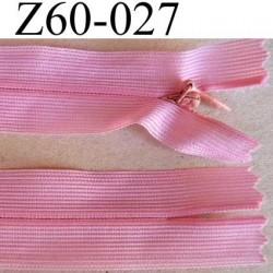 fermeture zip invisible longueur 60 cm couleur rose non séparable largeur 2.5 cm glissière nylon largeur 4 mm