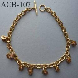 superbe collier estampillé Biche de Bere 2éme choix métal doré et papier cartonné  recyclé bijoux collector