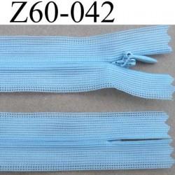 fermeture zip invisible longueur 60 cm couleur bleu ciel non séparable largeur 2.5 cm glissière nylon largeur 4 mm