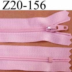 fermeture zip de marque à glissière longueur 20 cm couleur rose non séparable largeur 2.5 cm glissière nylon largeur du zip 4 mm