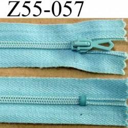 fermeture zip à glissière longueur 55 cm couleur bleu lagon non séparable largeur 2.2 cm glissière nylon largeur 3.5 mm