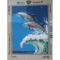 canevas 30X40 marque ROYAL PARIS thème dauphin écume dimennsion 30 centimètres par 40 centimètres 100 % coton
