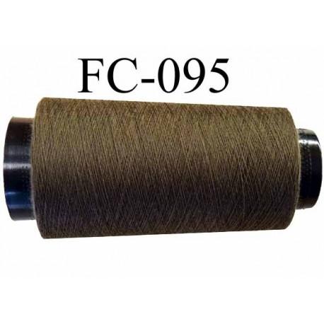 Cone de fil polyester fil n°120 couleur vert kaki longueur du cone 1000 mètres fabriqué en France