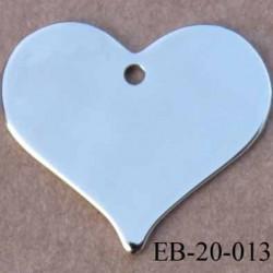 Coeur  métal couleur acier chromé brillant  superbe largeur 2 cm hauteur 1.7 cm épaisseur 1 mm  avec un trou pour le suspendre