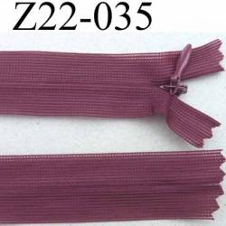 fermeture zip glissière invisible longueur 22 cm couleur bordeau  non séparable largeur 2.5 cm glissière nylon largeur 4 mm