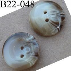 Bouton 22 mm couleur marron beige ivoire marbré brillant  2 trous épaisseur 7 mm  diamètre 22 millimètres
