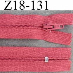 fermeture zip de marque à glissière longueur 18 cm couleur rose non séparable largeur 2.5 cm glissière nylon largeur  zip 4.2 mm