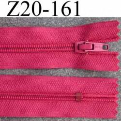 fermeture zip de marque à glissière longueur 20 cm couleur rose non séparable largeur 2.5 cm glissière nylon largeur  zip 4.2mm