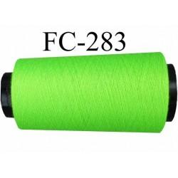 Cone ( Economique ) de fil  polyester  fil n°120 couleur vert fluo longueur du cone 2000 mètres bobiné en France