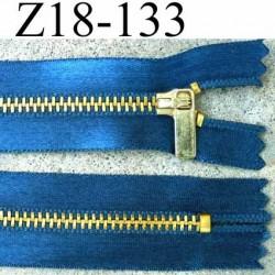 fermeture zip à glissière longueur 18 cm couleur bleu satin  non séparable largeur 2.8 cm glissière métal largeur 4.5 mm