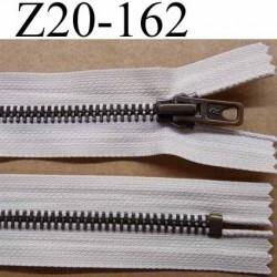 fermeture zip à glissière métal laiton longueur 20 cm couleur crème écru non séparable largeur 3 cm largeur glissière 6 mm