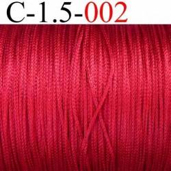 Cordon en viscose très très solide style tressé couleur rouge lumineux très brillant souple diamètre 1.5 mm prix au mètre