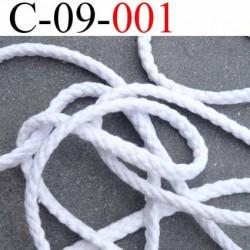 cordon 100 % coton superbe souple et doux couleur blanc lumineux diamètre 9 mm prix du mètre