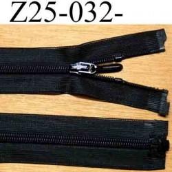 fermeture zip 25 cm couleur noir invisible  séparable largeur 2.5 cm largeur du zip nylon 4.4 mm